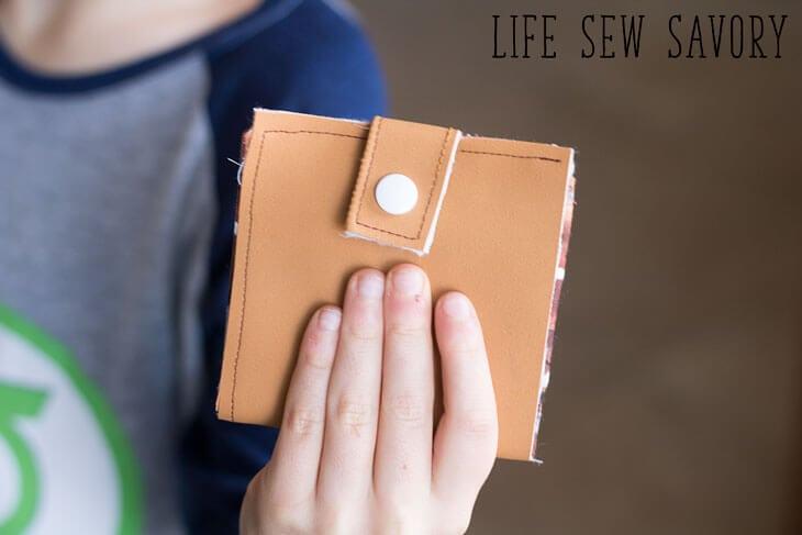 make a wallet for kids