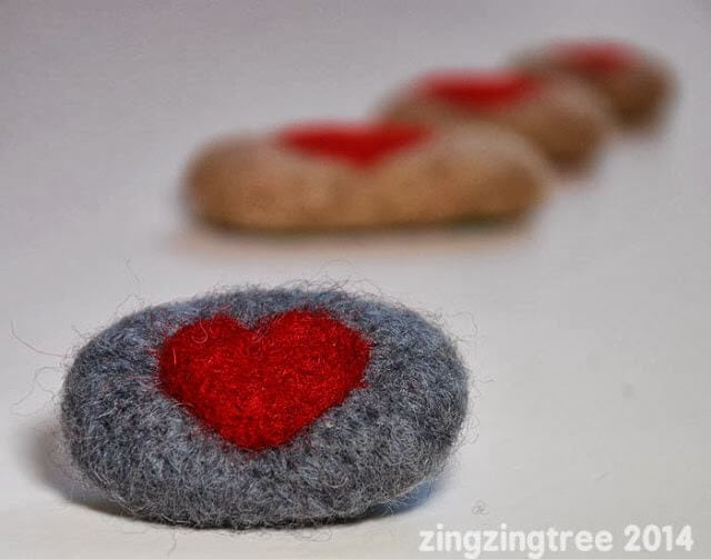 felted heart pebble by zing zing tree