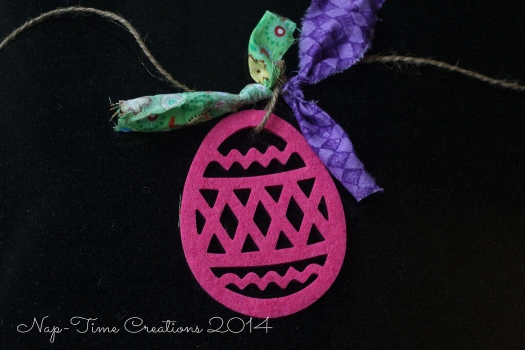 Easter-Egg-Garland3