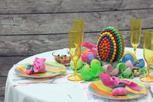 Easter Table Centerpiece {Candy Creation}