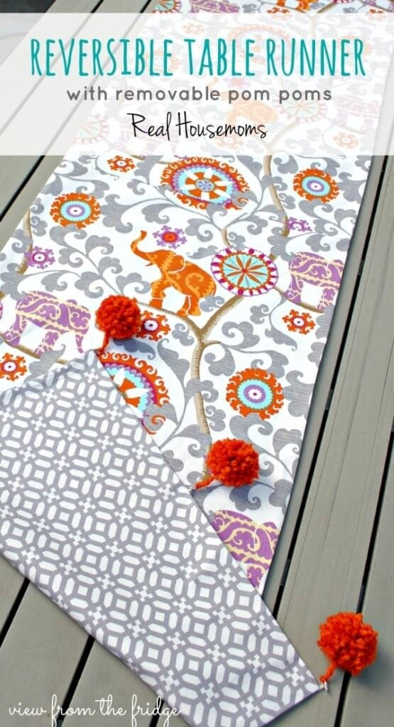 reversible-table-runner-pomsH