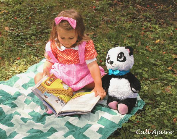 Sew Many Books Poppy the Panda {Call Ajaire}