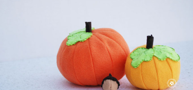 Felt Pumpkin Tutorial and Free Pattern #feltweek at Nap-Time Creations