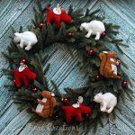 Woodland Christmas Wreath with Krazy Glue
