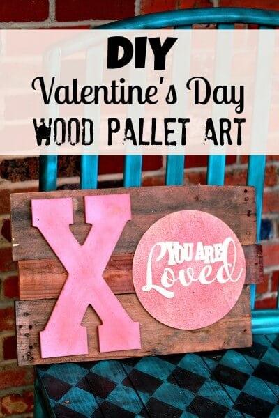 valentines-day-wood-pallet-art-400x600