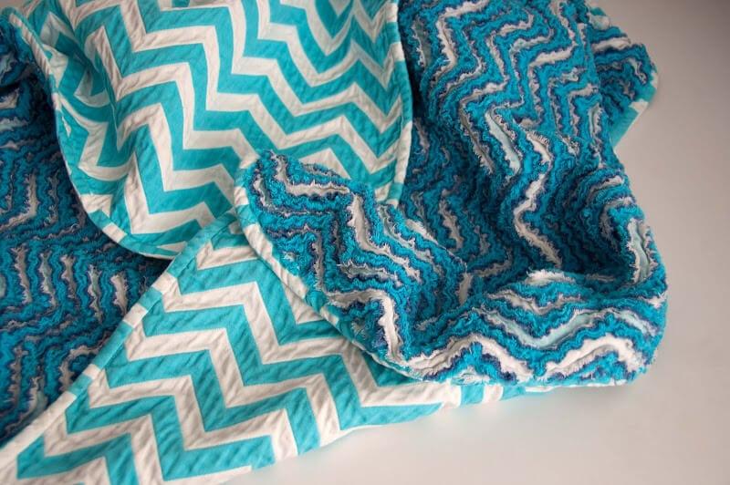Sewing_Chevron Chenille Blanket_DSC_9325
