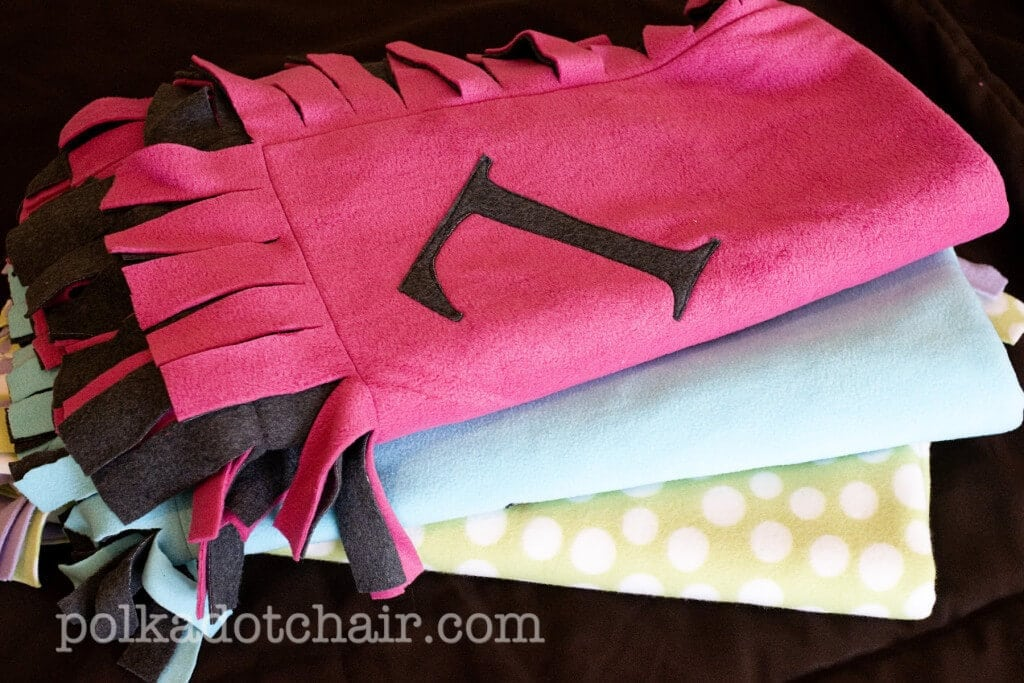 fleece baby blanket tutorial