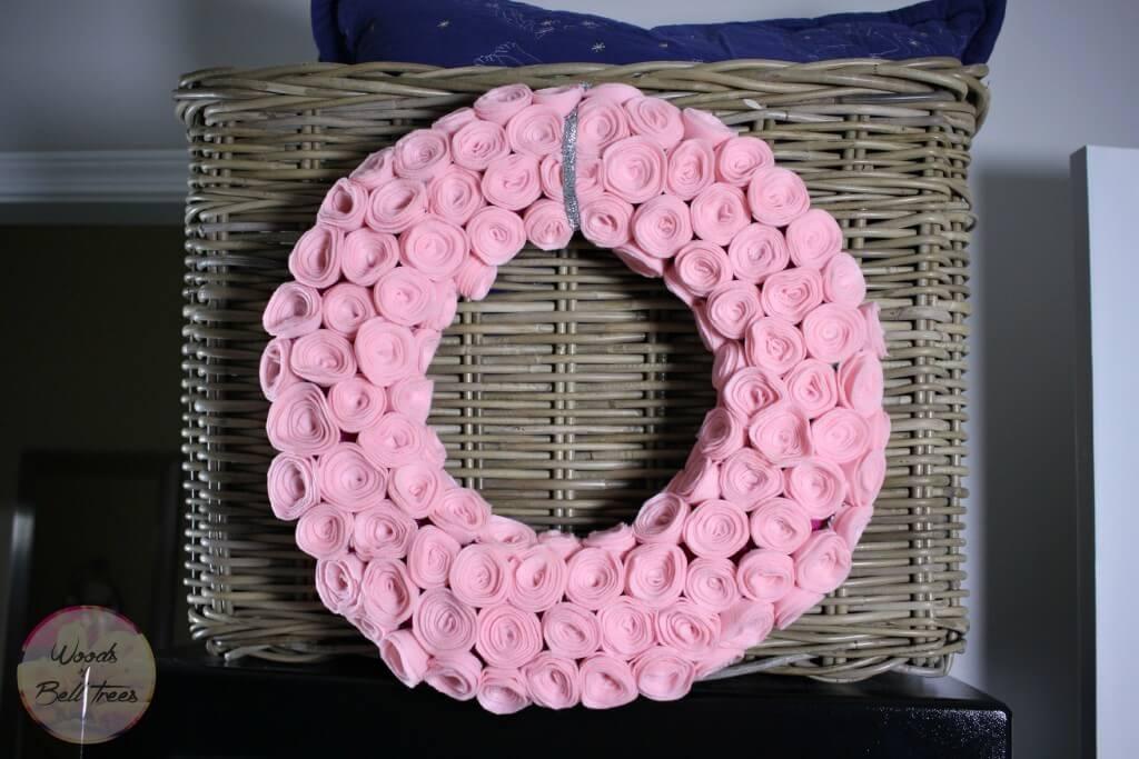rolled-flower-felt-rose-wreath-valentines-spring-easter-transitional-pink-9-1024x683