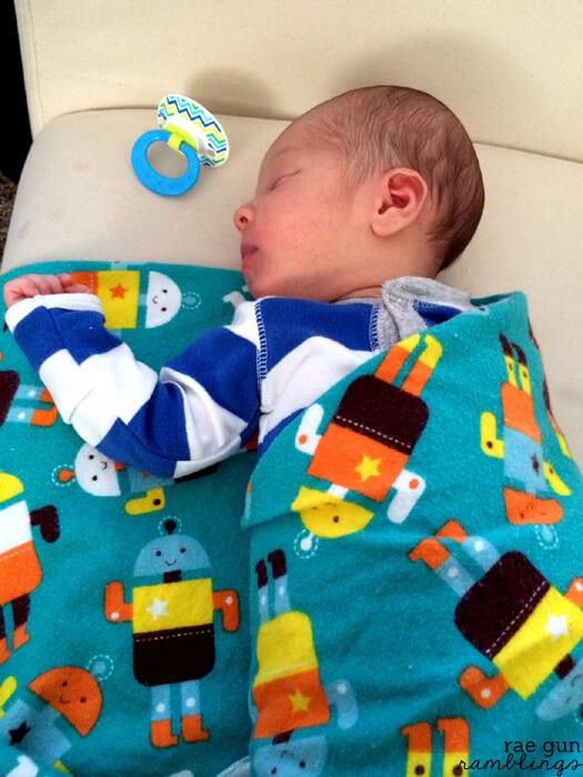 swaddling-blankets-006s
