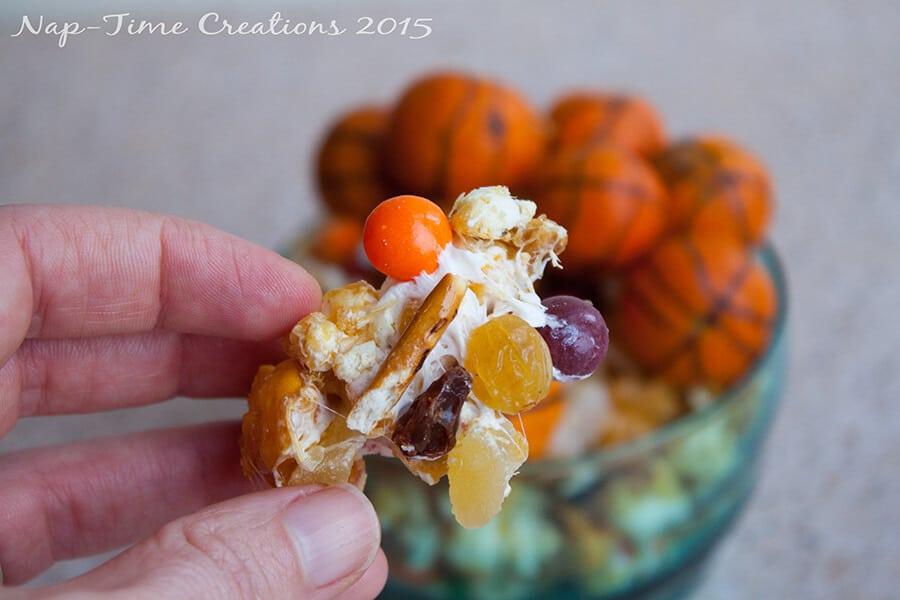 Skittles Caramel Snack Mix 10