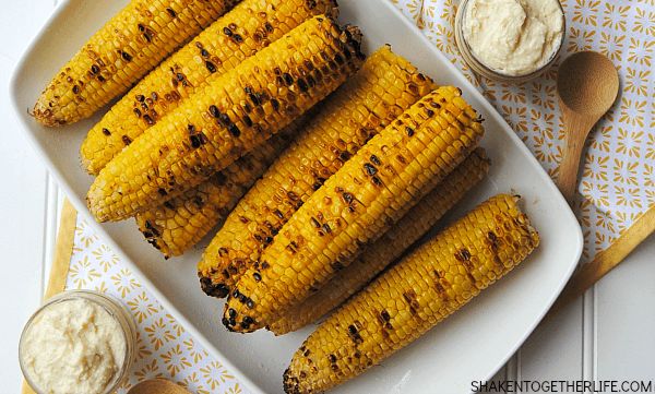 easy-grilled-sweet-corn-garlic-parmesan-butter-featured