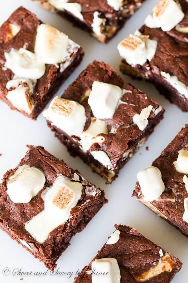 Extra-Fudgy-KitKat-Brownies-2-600x900