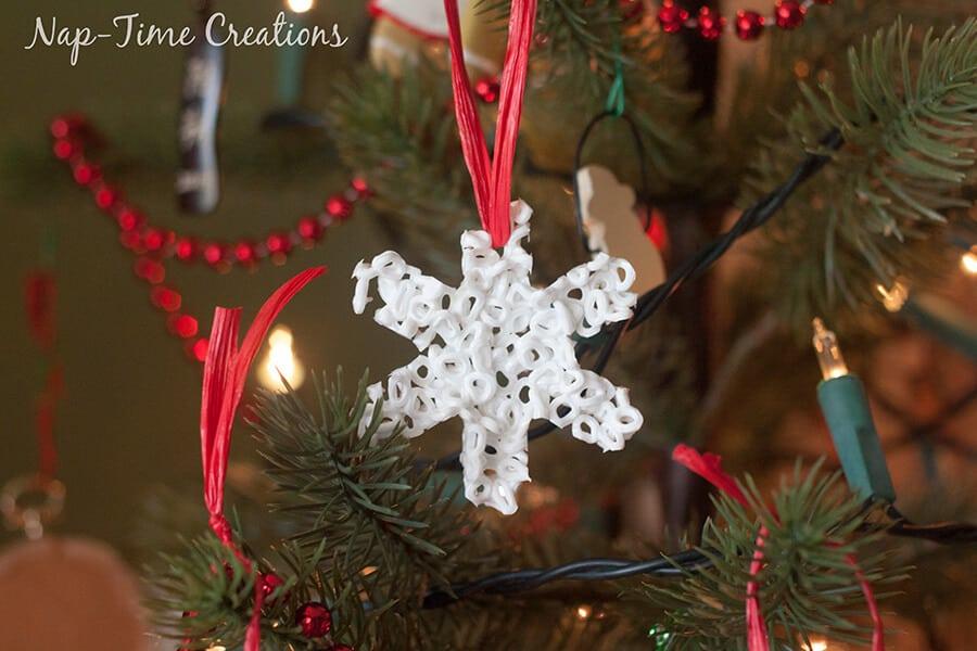 perler bead Christmas Ornament 3