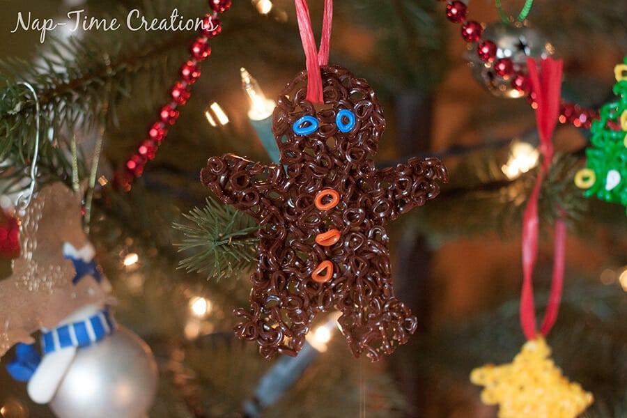 perler bead Christmas Ornament 4