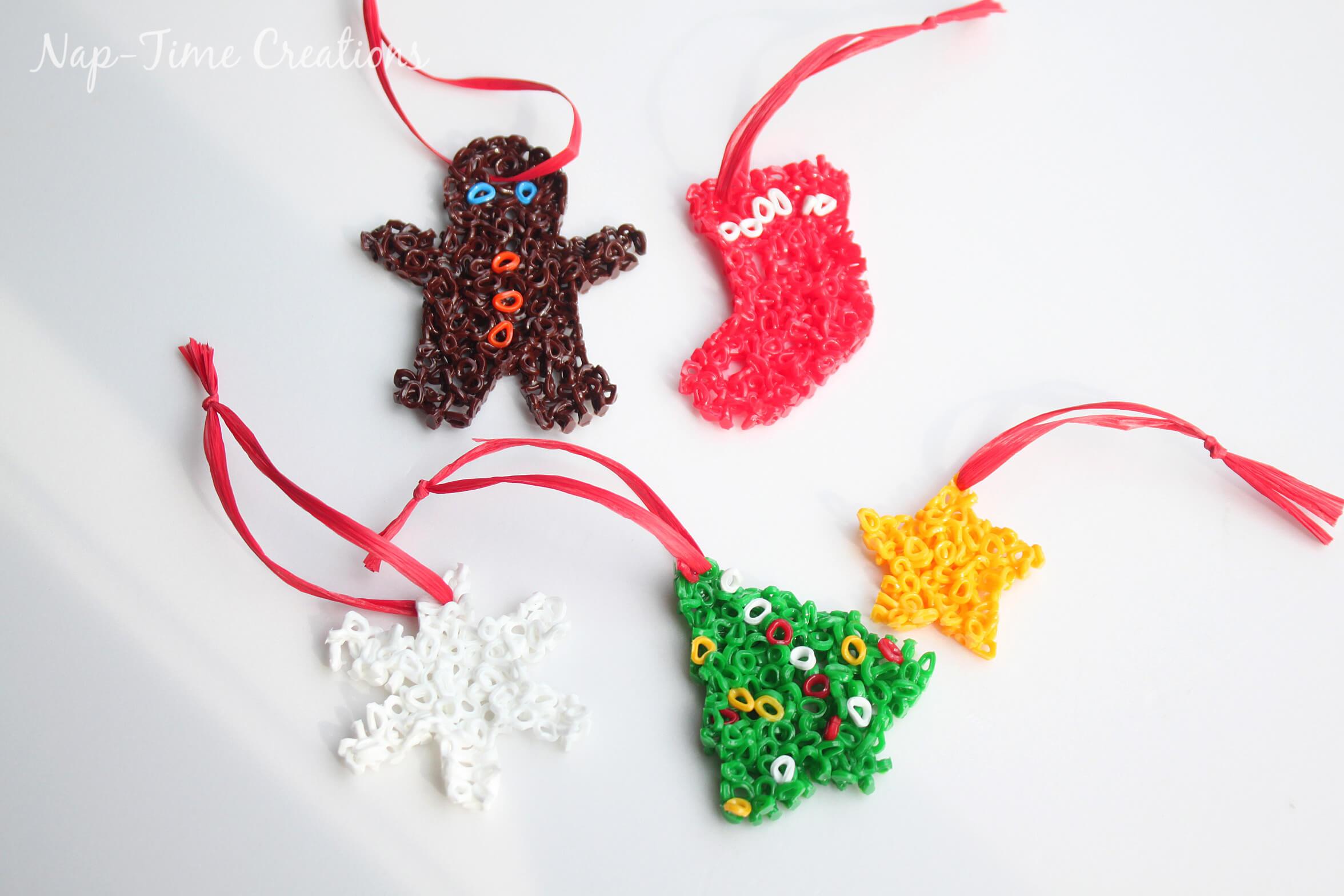 perler bead Christmas Ornament 6