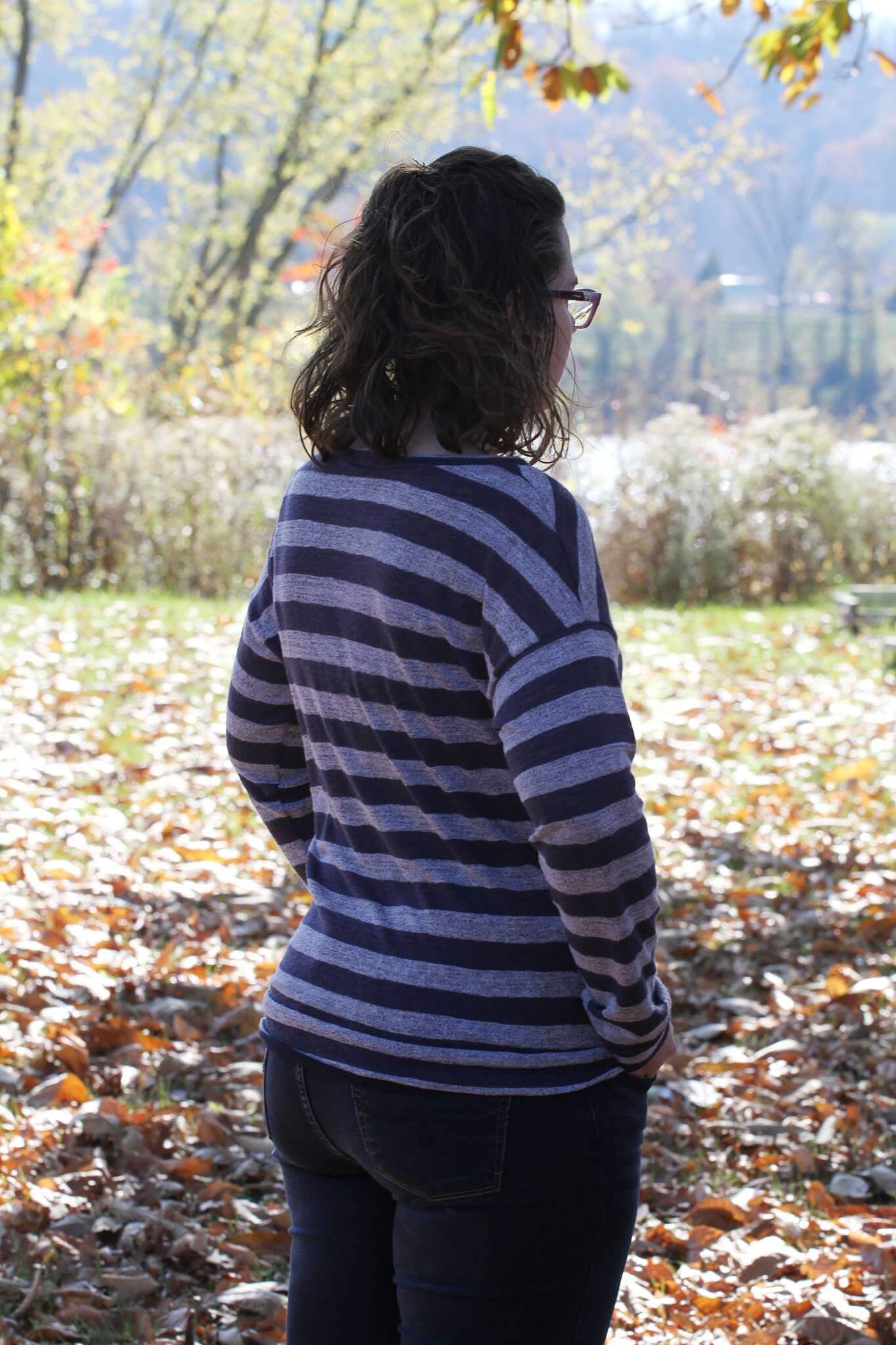 slouchy sweatshirt 16