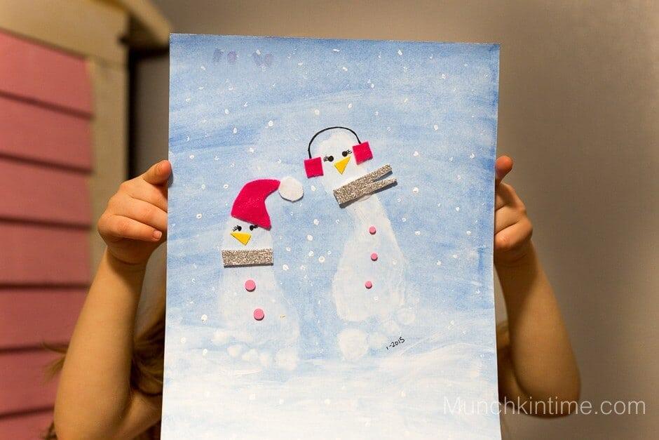 Snowman-Footprint-Craft-Book-Activity-12