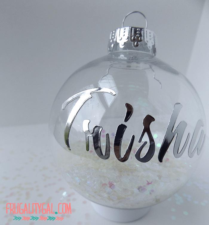 diy-glitter-ornaments-2