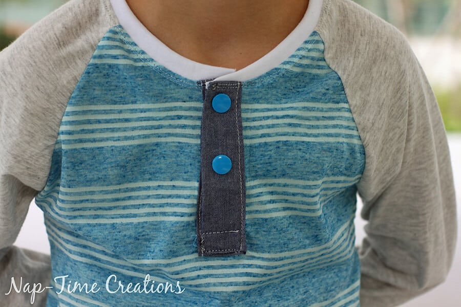 Henley neckline on a free raglan shirt pattern