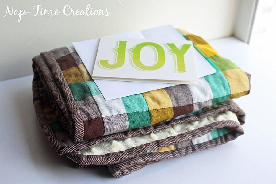 geometic fabric baby blanket tutorial 14