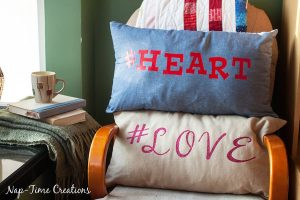 Zipper Pillow Case Tutorial & Hashtag Valentine Pillows