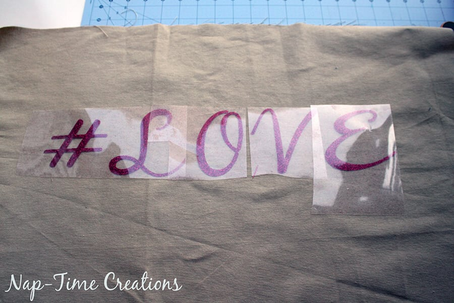 hashtag valentines pillows tutorial 3