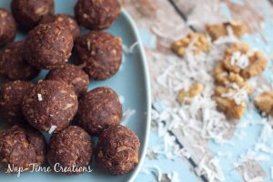 Dark Chocolate & Walnut Energy Bites- No Bake