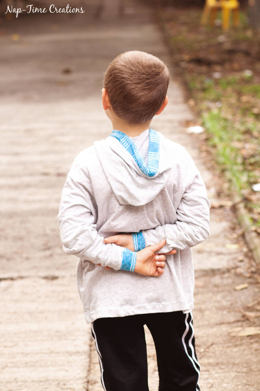hooded-t-shirt-cardigan-free-pattern-for-kids-7