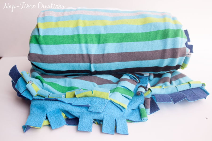 snuggly-baby-blanket-tutorial-7