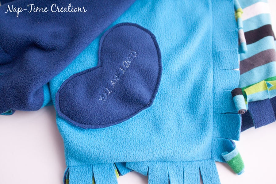 snuggly-baby-blanket-tutorial-8