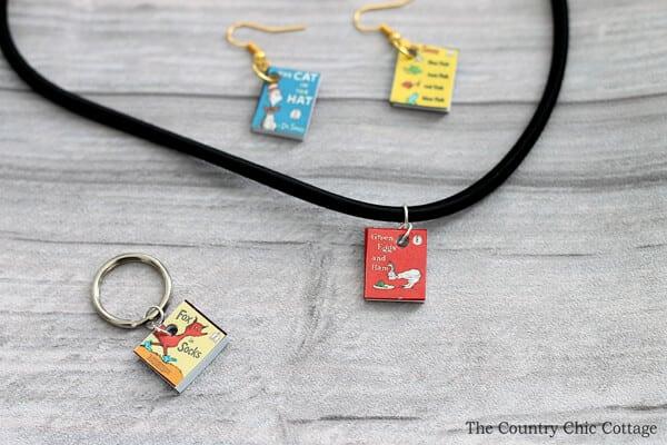 mini-seuss-book-jewelry-006