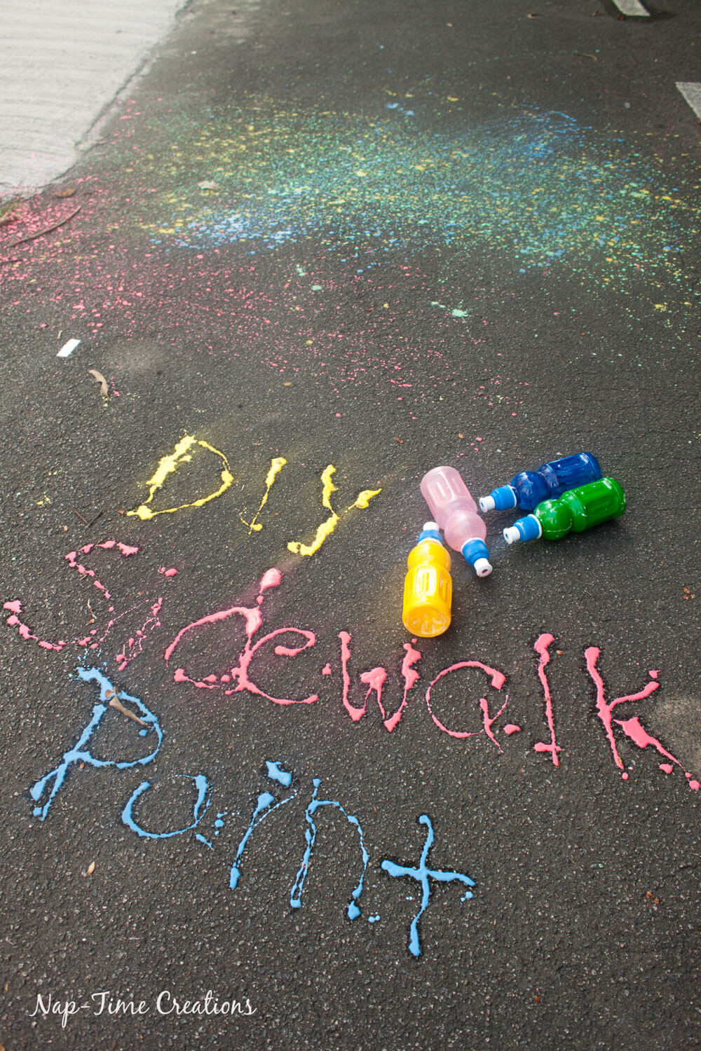 DIY-Sidwalk-Paint-Shooters-outside-kids-fun-for-summer-from-Nap-Time-Creations