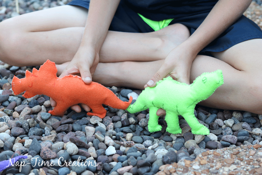 felt-dinosaurs-template-for-land-before-time-characters-7