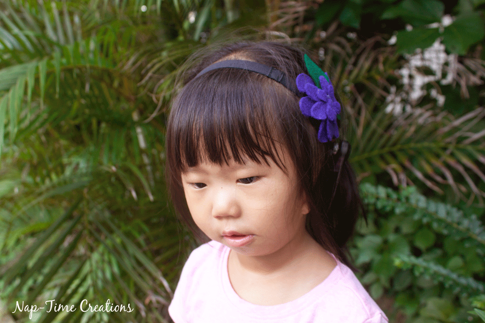 felt-flower-hair-clip-DIY-2