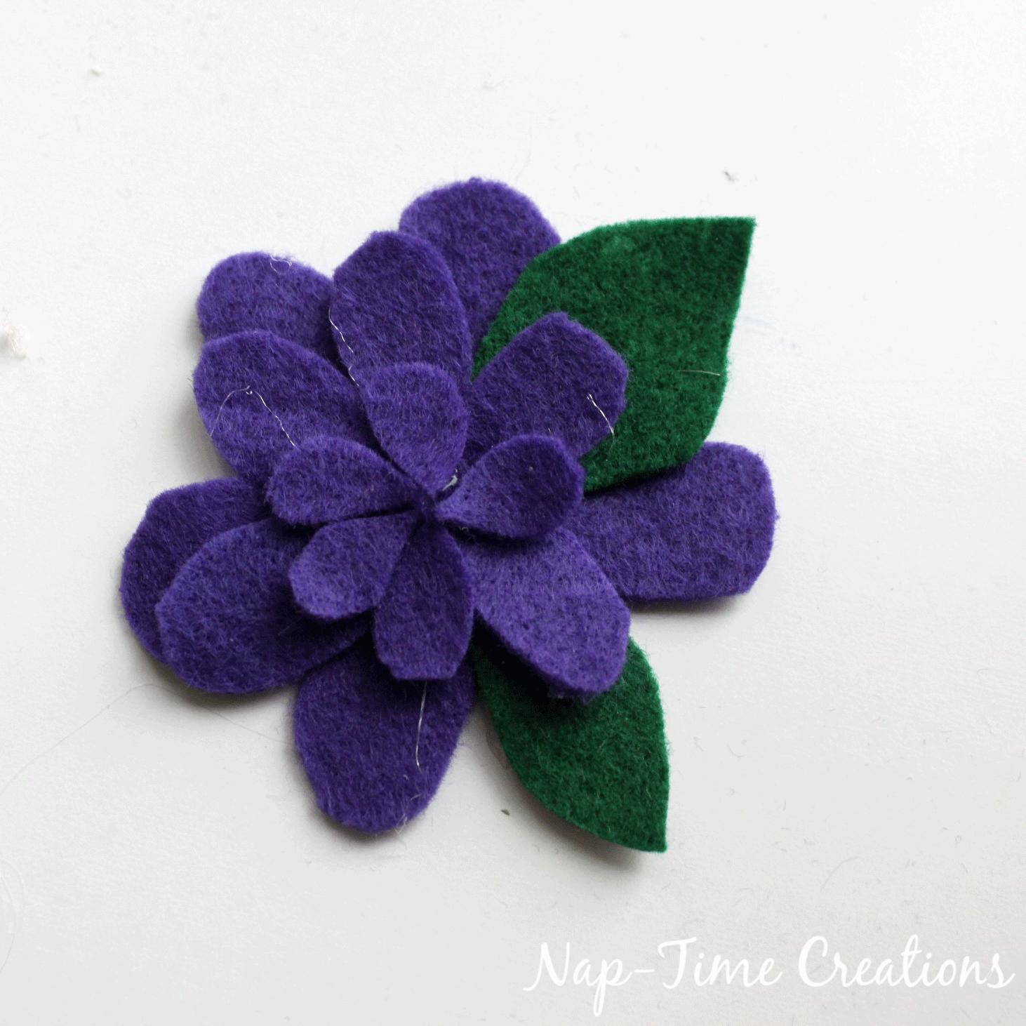 felt-flower-hair-clip-DIY-4