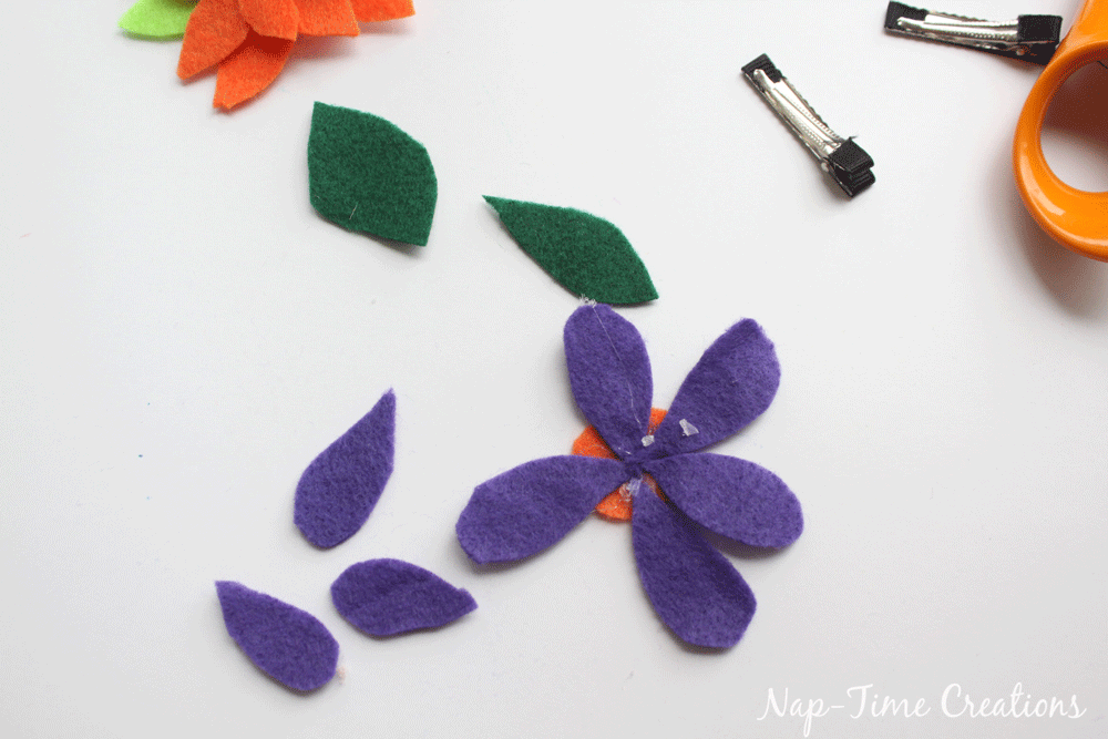 felt-flower-hair-clip-DIY-5