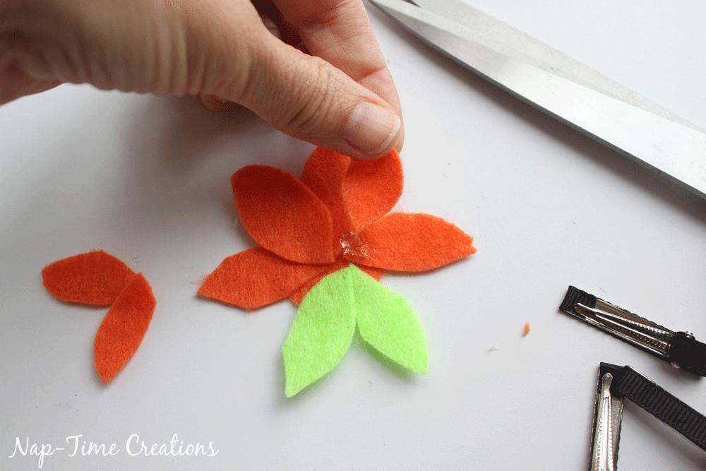 felt-flower-hair-clip-DIY-9