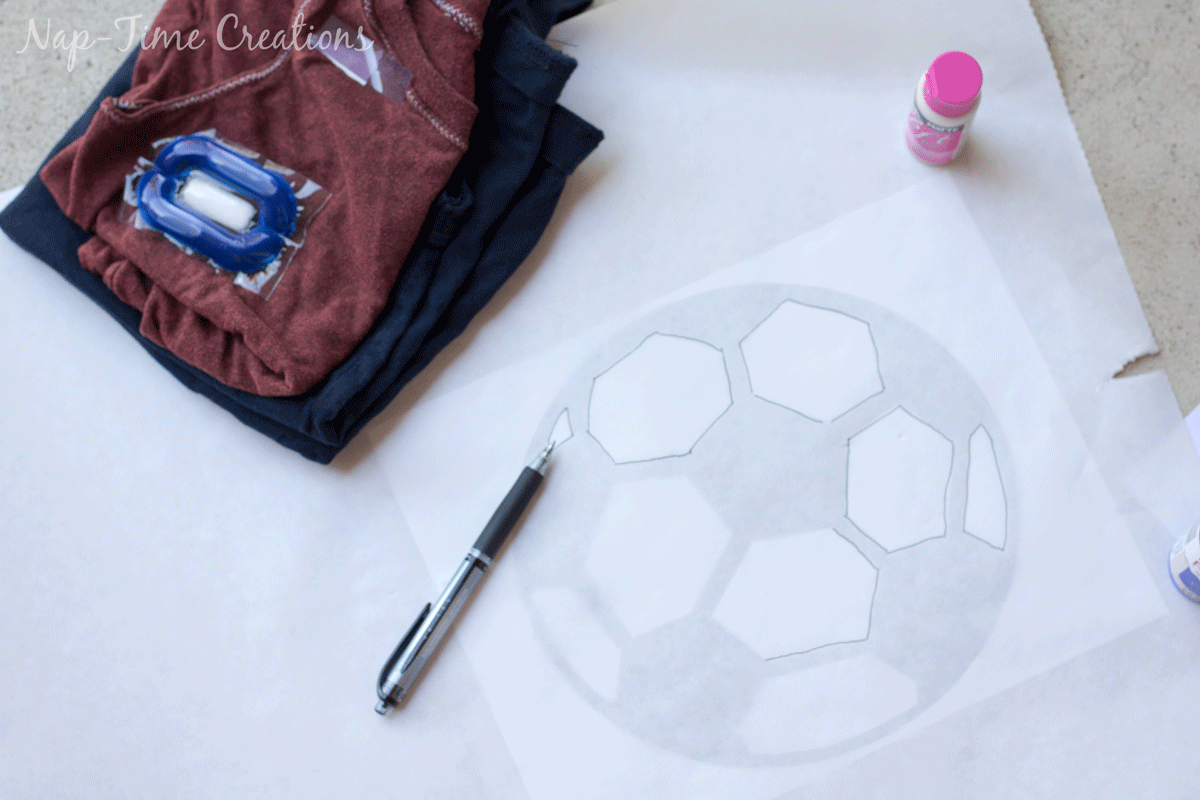 Easy-t-shirt-stencil-tutorial-11