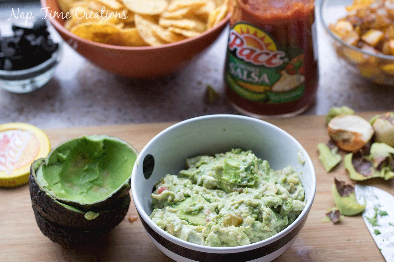 mini-fajita-bowls-and-easy-guacamole-6