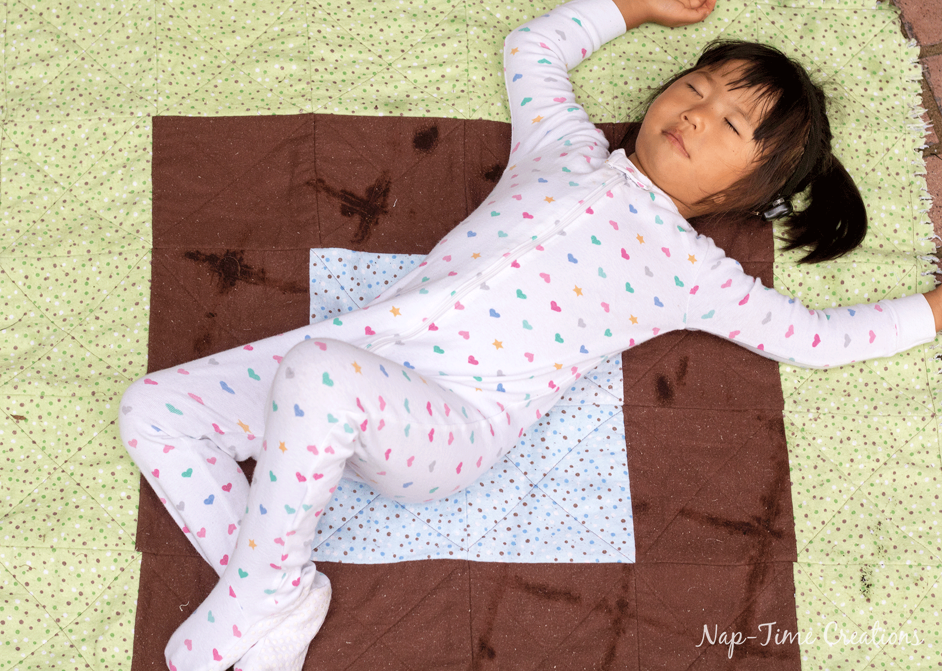 rag-quilt-tutorial-for-crib-size-blanket-video-and-photo-tutorial-2