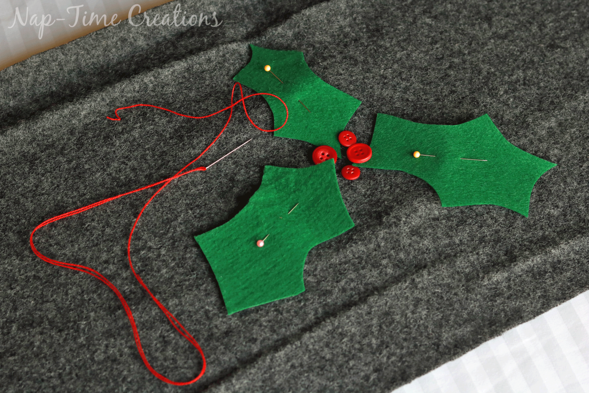 christmas-felt-table-runner-1