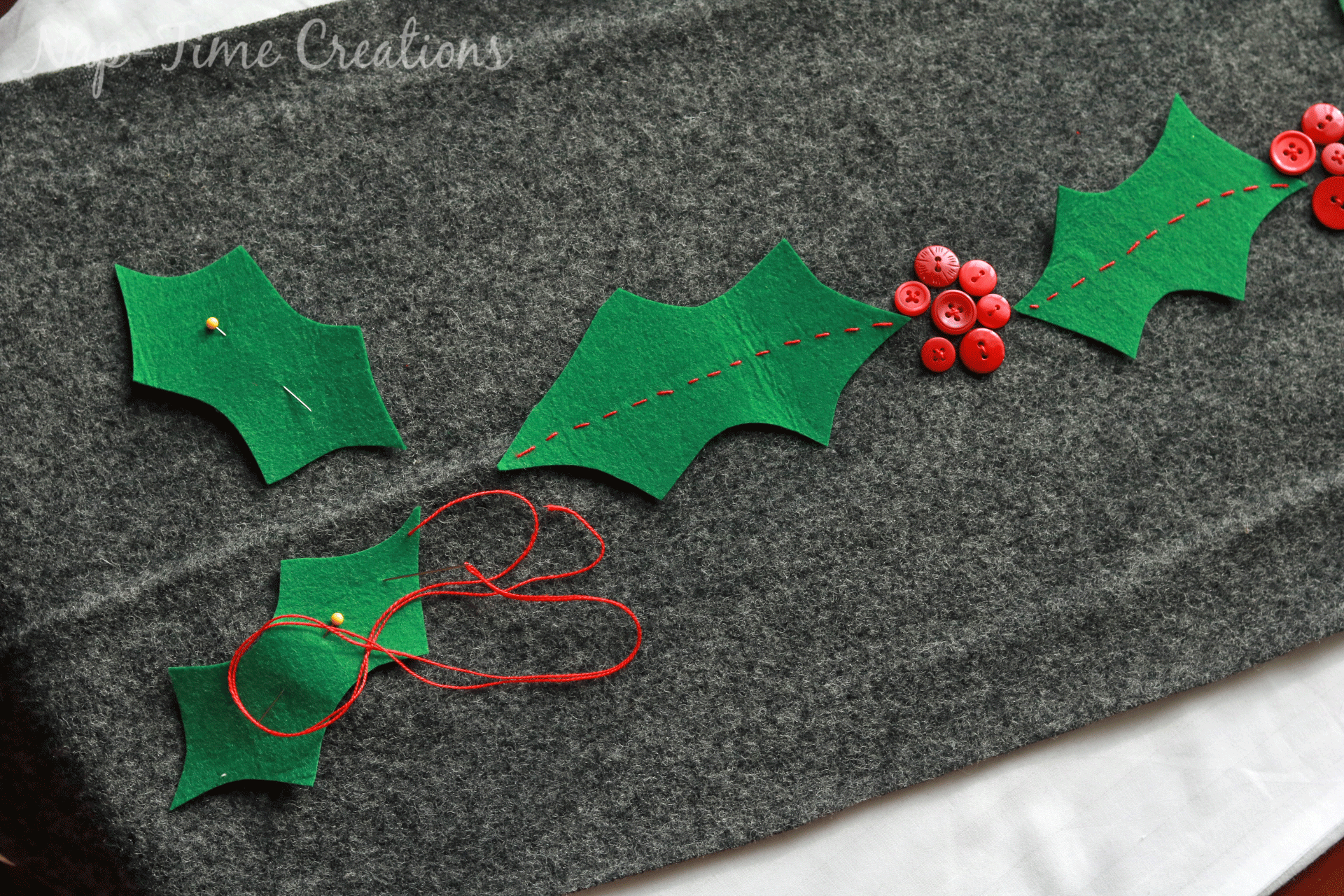 christmas-felt-table-runner-3