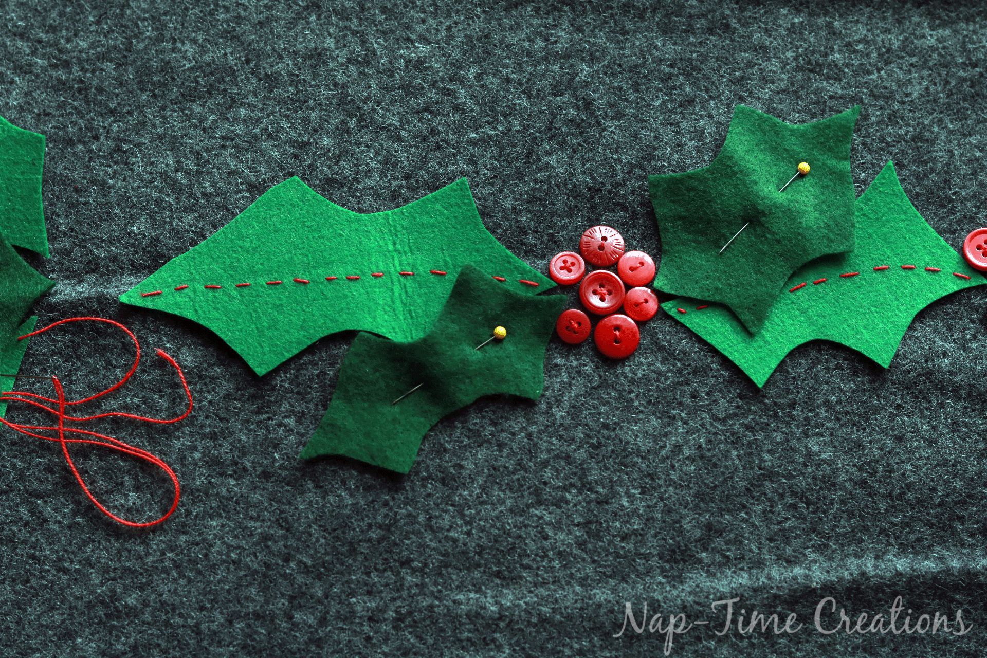 christmas-felt-table-runner-4