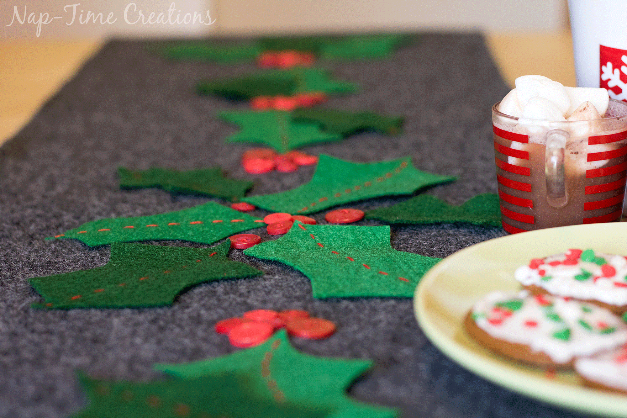 christmas-felt-table-runner-7