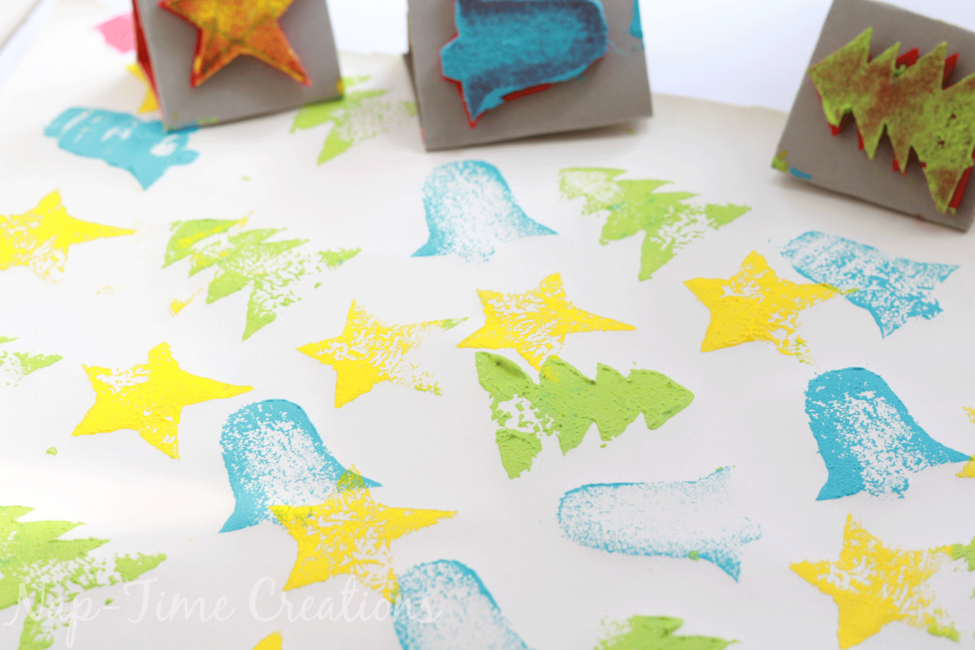 diy-felt-stamps-and-homemade-christmas-wrapping-paper-6
