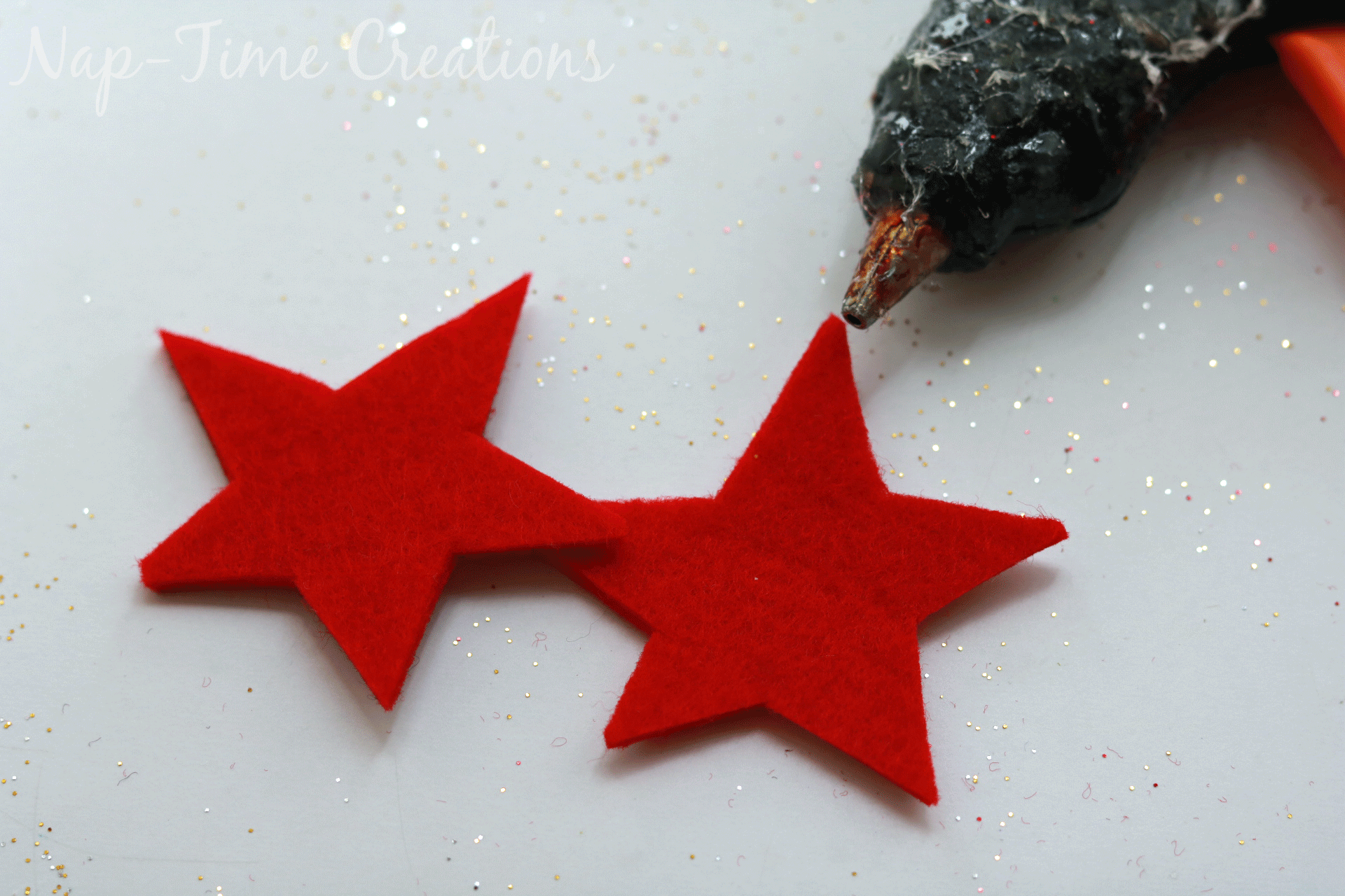 diy-felt-stamps-and-homemade-christmas-wrapping-paper-7