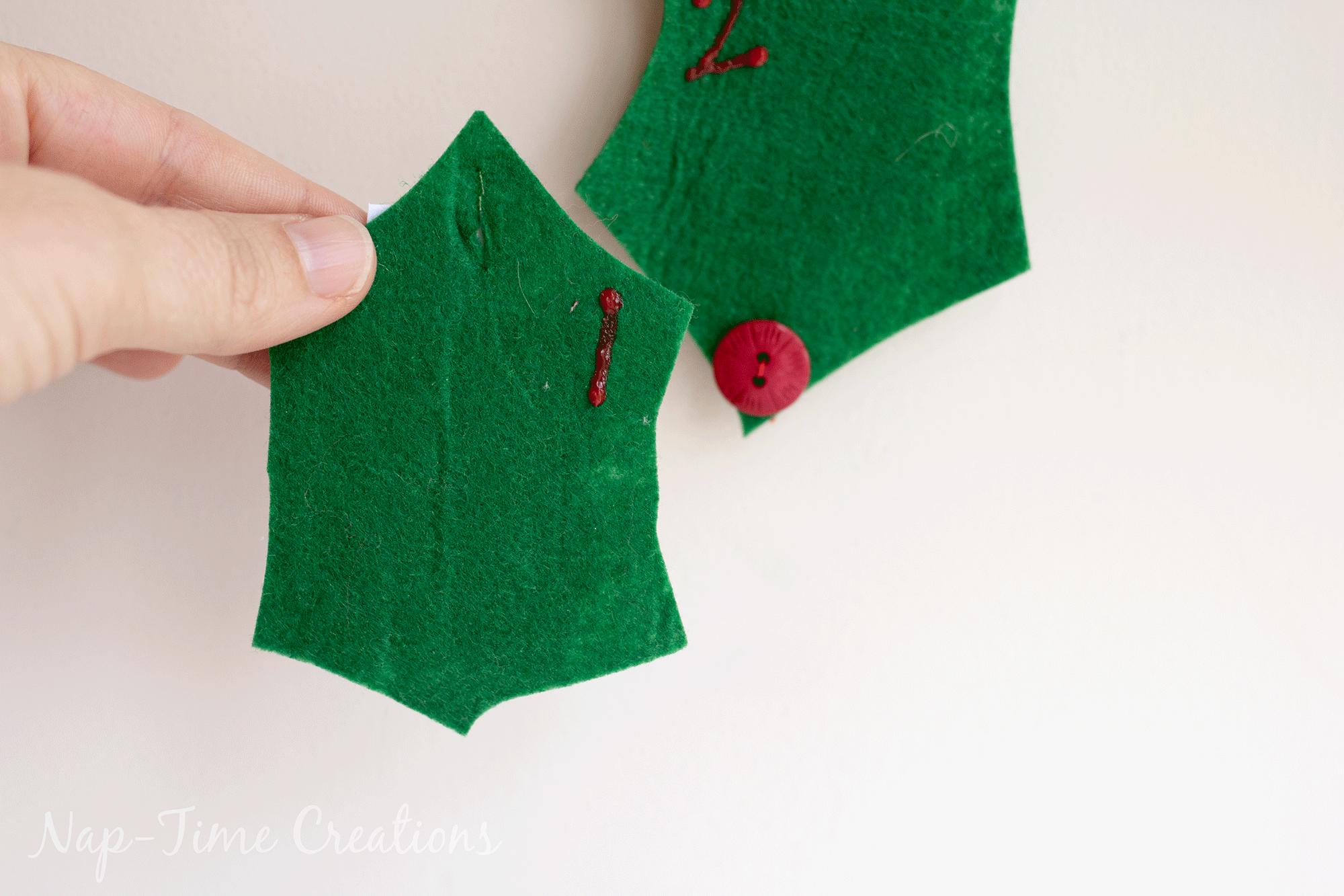 holly-jolly-christmas-countown-calendar-13