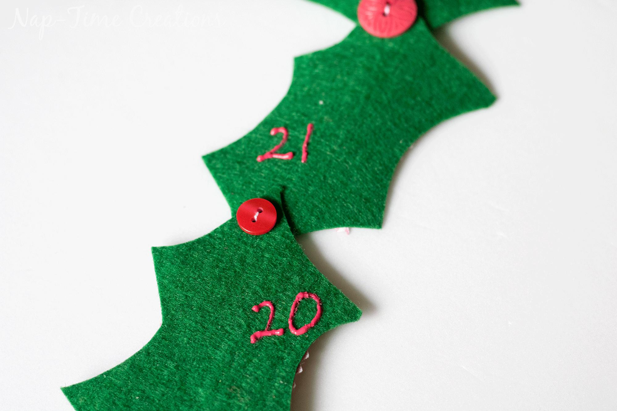 holly-jolly-christmas-countown-calendar-3
