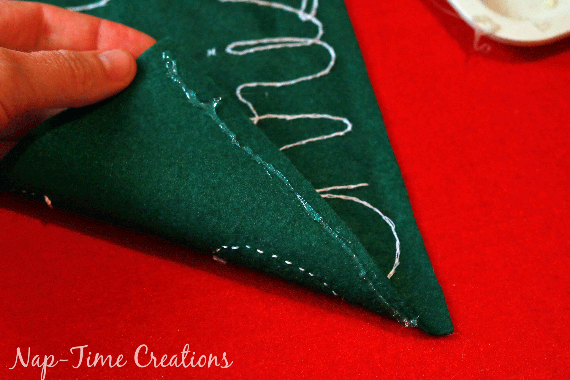felt-christmas-tree-growth-chart-11