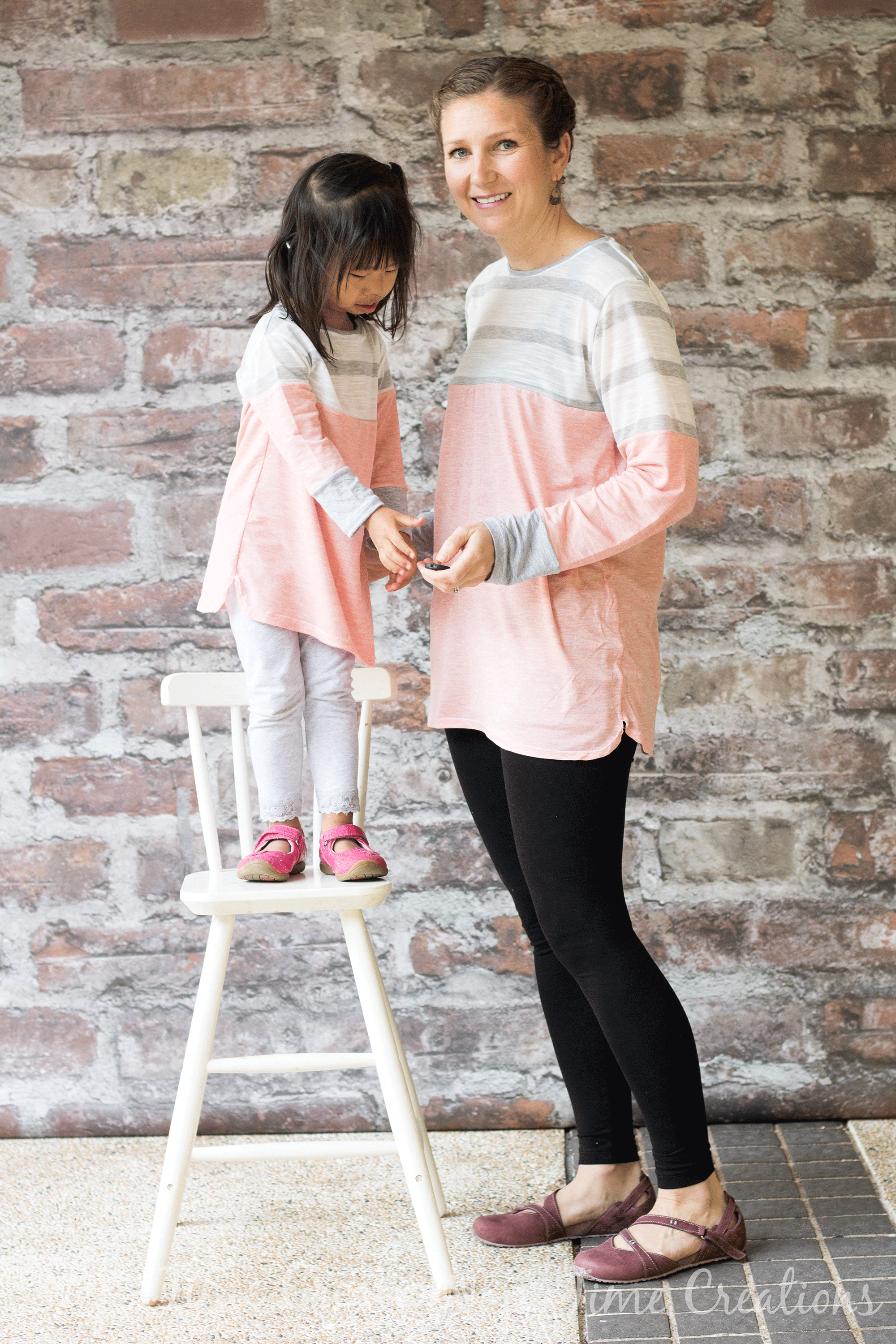 mommy-and-me-color-blocked-tunics-tutorial-18